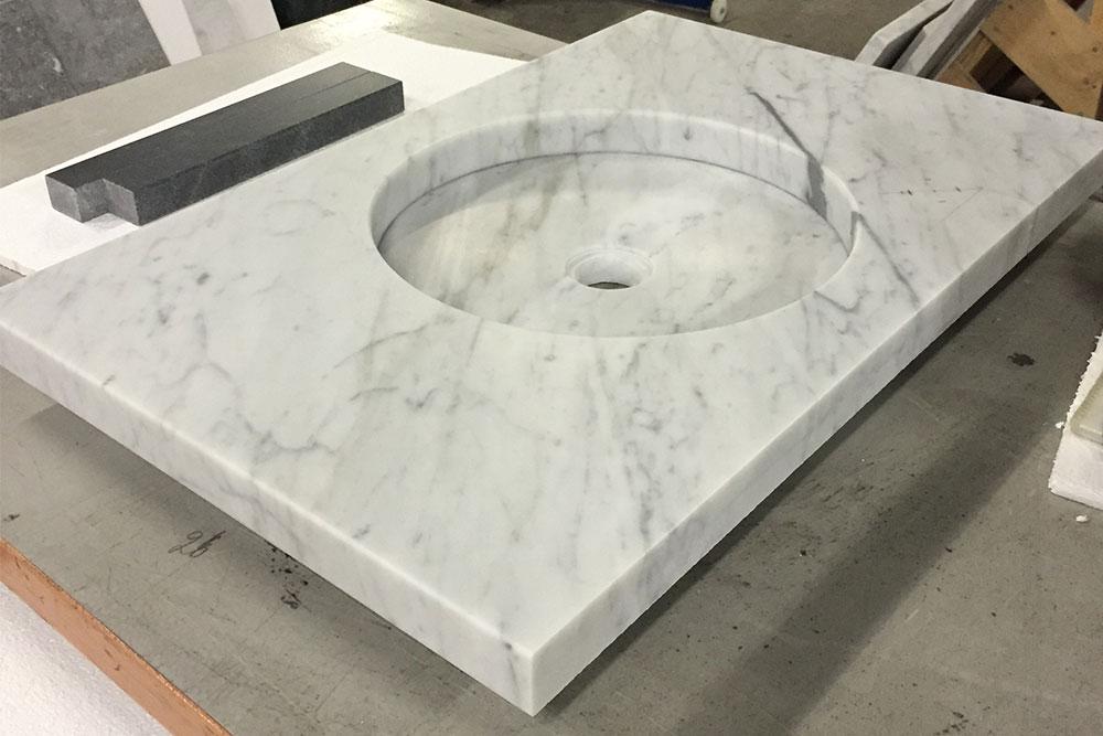 Specialtillverkad vask i Bianco Carrara