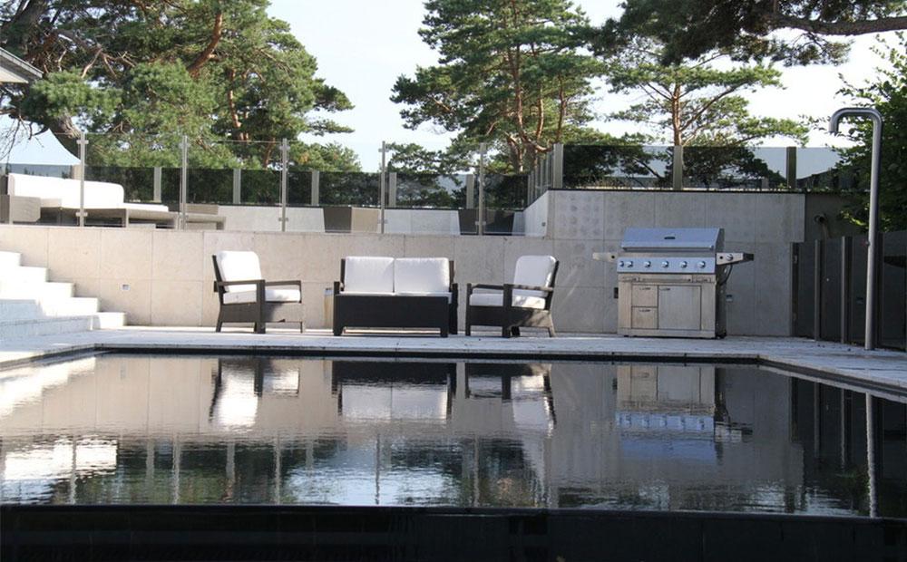 Kalksten vid pool som markplattor, fasad och trappor